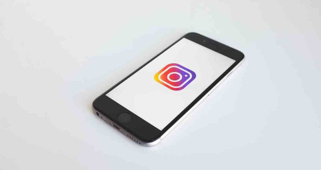 instagram-sees-drop-in-price-cost-advertising