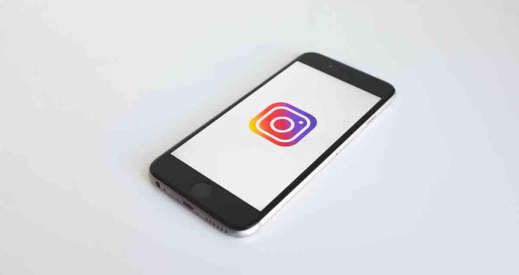 instagram-sees-drop-in-price-cost-advertising
